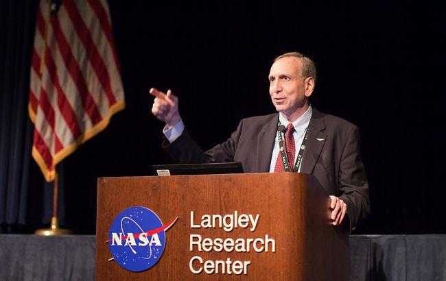 NASA о возвращении людей на Луну в 2024: это больше не реально