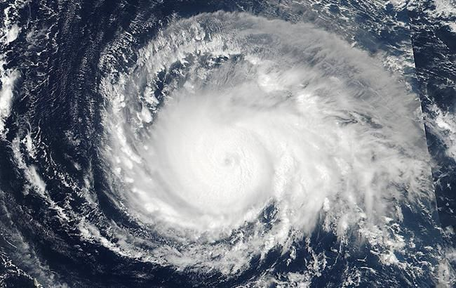 """Ураган """"Ірма"""": Франція оцінила збиток у 200 млн євро"""