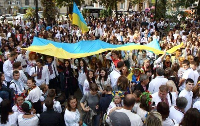 Население Украины замесяц сократилось почти на8 тыс