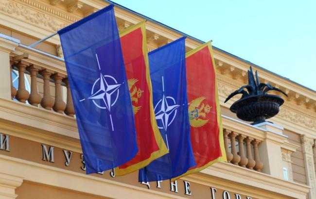 """Фото: у Чорногорії готують референдум по """"кримському сценарію"""""""