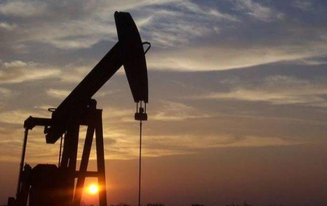 Ціни на нафту можуть продовжити падіння, - МЕА