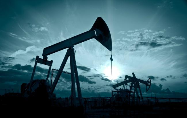 Нефть Brent торгуется ниже 63 долл./барр