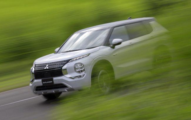 Новый Mitsubishi Outlander получил улучшенную гибридную версию с двумя электромоторами