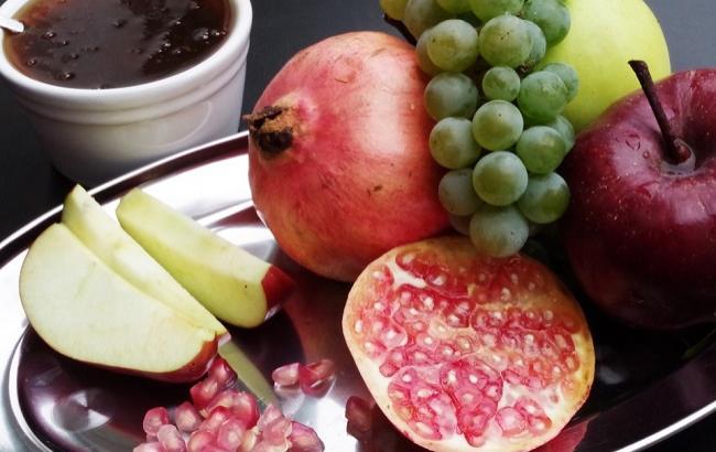 Фото: Рош Ха-Шана - традиционные угощения (pixabay.com/Ajale)