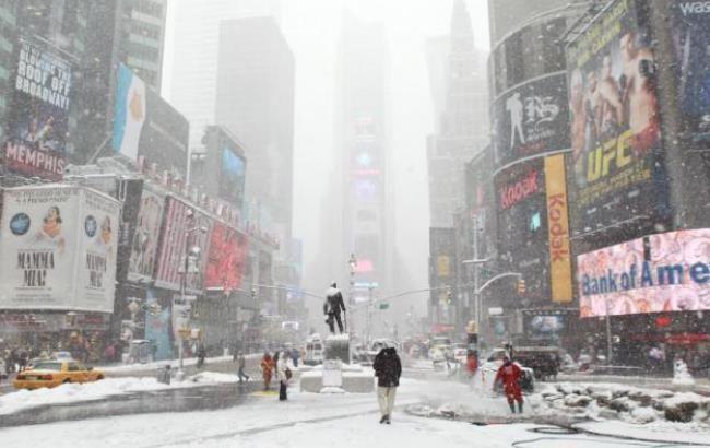 Фото: МАУ скасовує рейси між Київом та Нью-Йорком