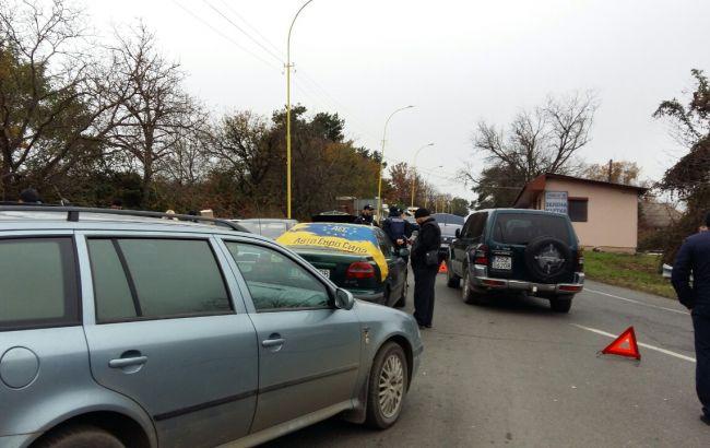 Фото: блокирование дороги к границе с Румынией