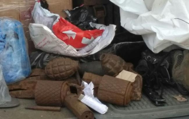 Одесские таможенники непропустили в государство Украину военную амуницию ибоеприпасы