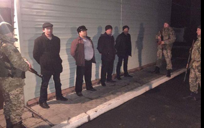 Пограничники задержали трех иностранцев при попытке незаконно покинуть Украину