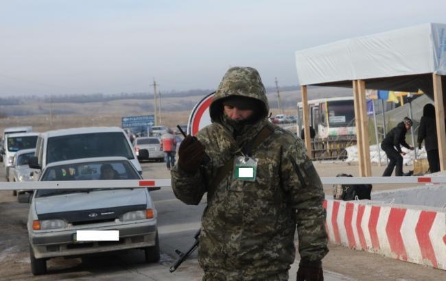 Контрольно-пропускные пункты въезда-выезда наДонбассе продолжают работать вштатном режиме