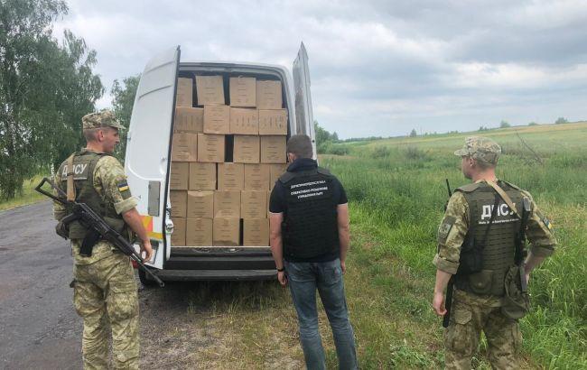 На границе с Польшей выявлено контранбанду почти 100 тыс. пачек сигарет
