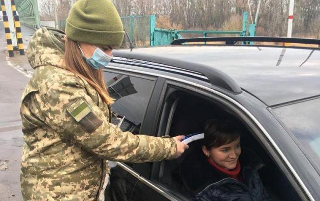 На въезде в Украину из Польши образовались многотысячные очереди