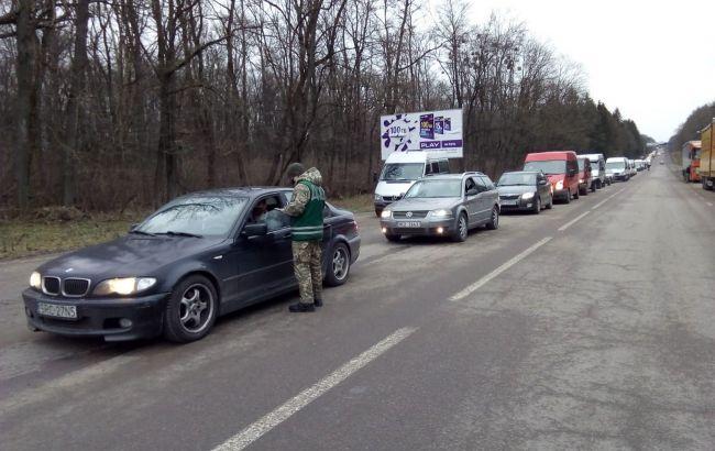 Украинцы массово выезжают за границу после зимних праздников