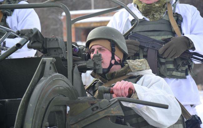 На границе с Россией пограничники провели учебные стрельбы