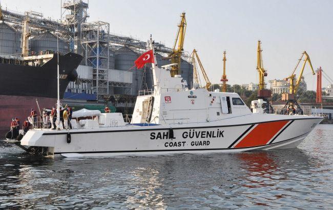 В порт Одеси з дружнім візитом зайшов катер берегової охорони Туреччини