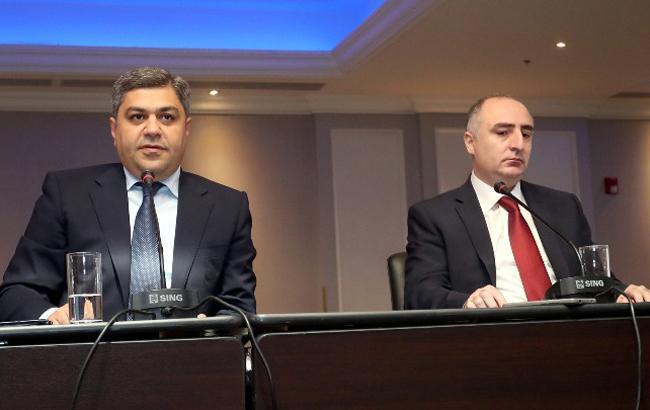 Фото: Артур Ванецян и Сасун Хачатрян (news.am)