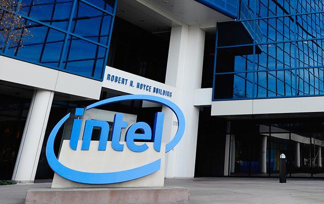На Intel подали в суд из-за уязвимости в системе безопасности процессоров