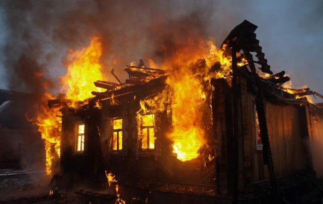 Фото: пожежа у приватному будинку