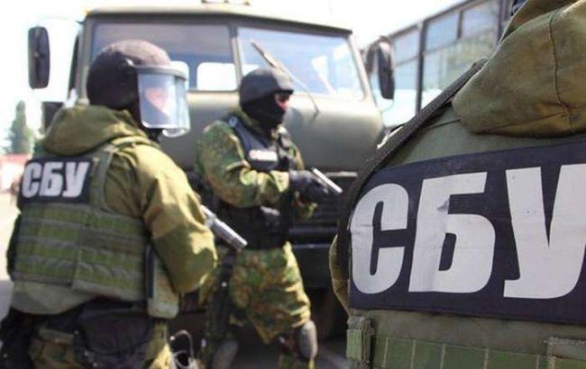 Фото: СБУ затримала інформатора терористів в зоні АТО