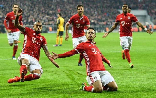 Футбол лига чемпионов арсенал бавария онлайн