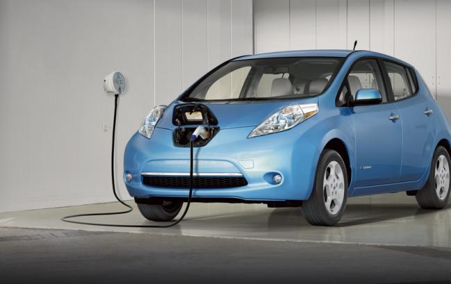 Nissan відкликає понад 47 тис. електромобілів з США та Канади