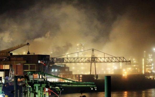 Фото: пожар в Леверкузене