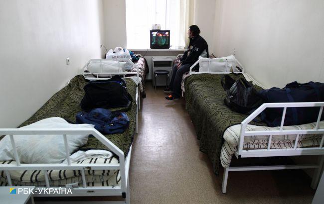 Украина готова увеличить почти вдвое количество мест для больных коронавирусом