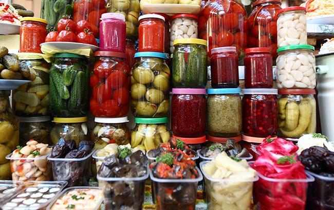 Фото: роздрібна торгівля в Україні зростає (РБК-Україна)