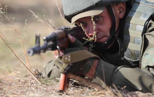 В зоні АТО за добу зафіксовані 33 обстріли, втрат у ВСУ немає, - штаб