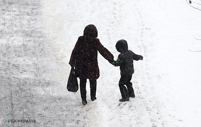 Ледяной дождь превратил Киев в каток