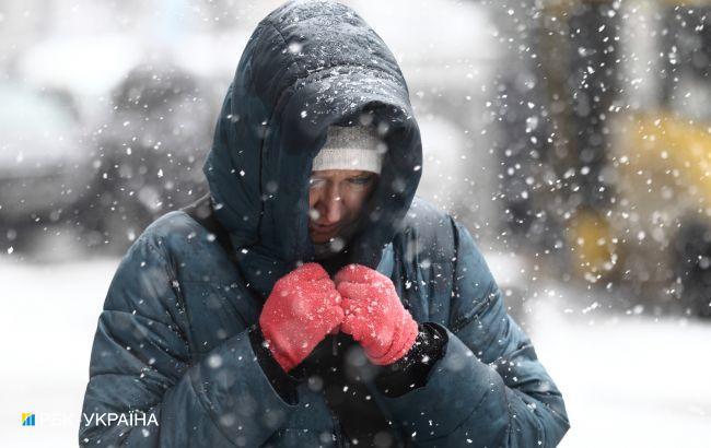 Львов засыпало снегом, а север предупредили об осадках: в Украину вернулась зима