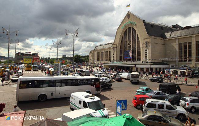 В Києві повідомили про мінування Центрального вокзалу, його роботу обмежено
