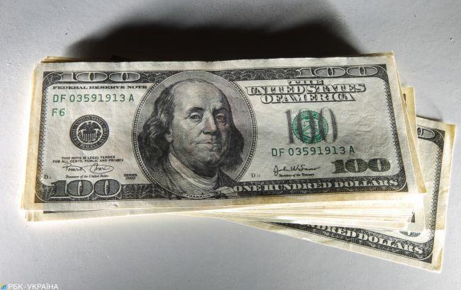 Курс долара продовжив зниження на міжбанку