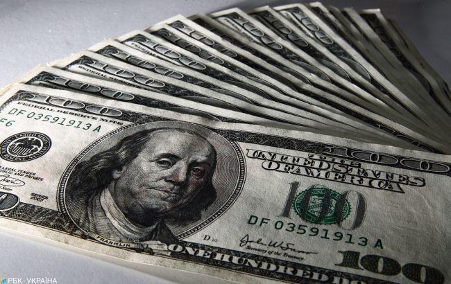 НБУ на 18 березня підняв офіційний курс долара вище 27 гривень