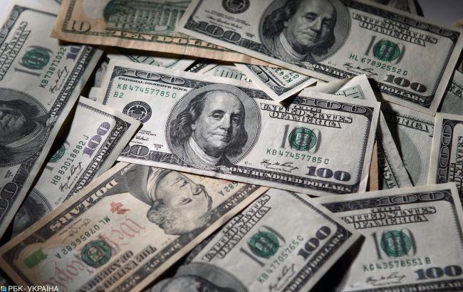 Курс долара продовжив падіння на міжбанку