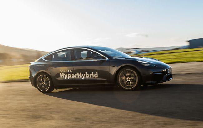 Электромобиль Tesla Model Y оснастили бензиновым мотором и гибридным приводом