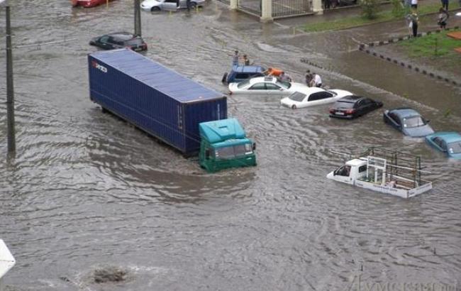 Фото: Злива в Одесі (trust.ua)
