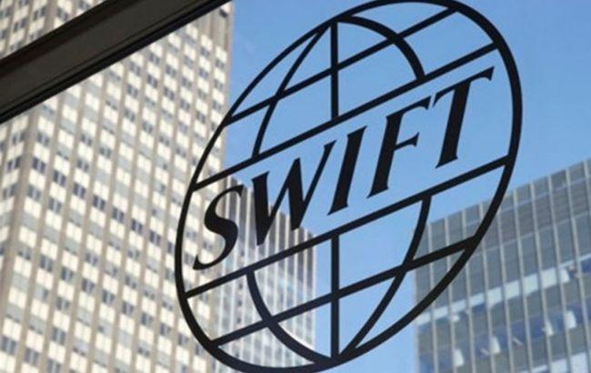 У Москві опрацьовують варіанти на випадок відключення від SWIFT