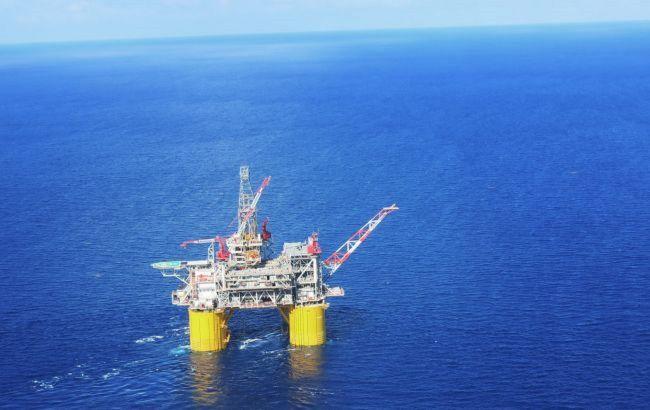 Падение цен на нефть ускорилось до пяти-шести процентов