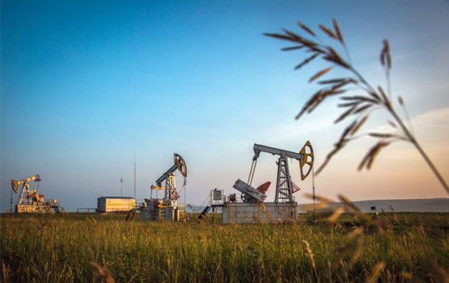 Фото: нафта Brent торгується близько 50 доларів за барель
