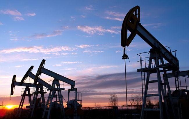 Фото: нафта Brent опустилася нижче 52 доларів за барель