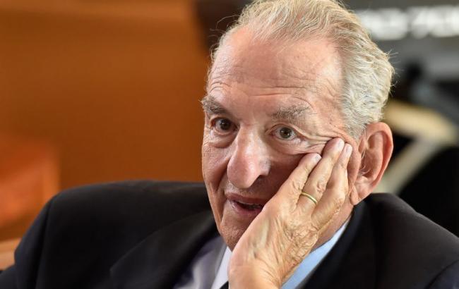 В США скончался лауреат Нобелевской премии по химии Джордж Ола