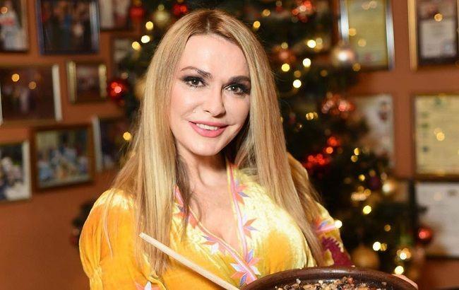 Самые милые: Ольга Сумская растрогала семейным ужином на Маланку