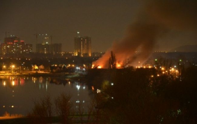 ВКиеве горел оздоровительный комплекс, пострадал один человек