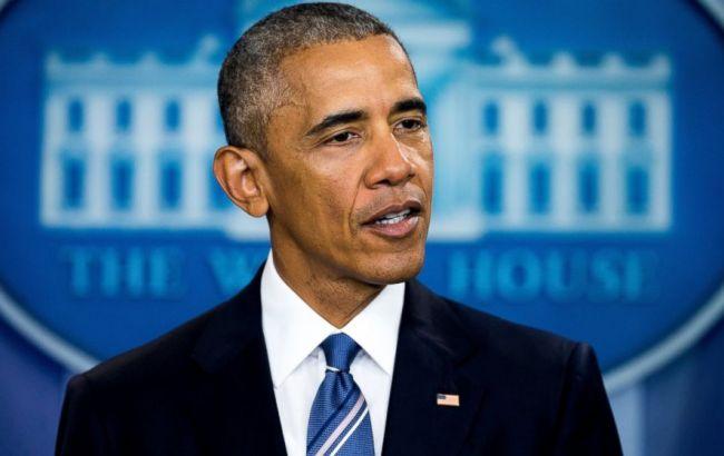 Фото: президент США Барак Обама на избирательном участке в Чикаго