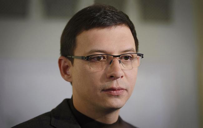 """""""Я не считаю, что это была революция"""": народный депутат в прямом эфире назвал Евромайдан государственным переворотом"""