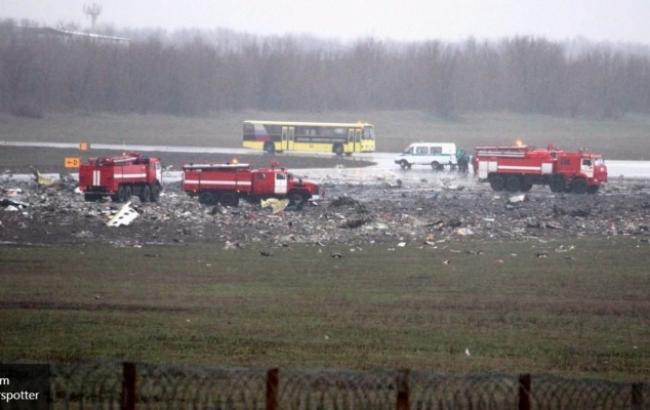 Основна фаза пошукових робіт на місці аварії літака в Ростові завершена