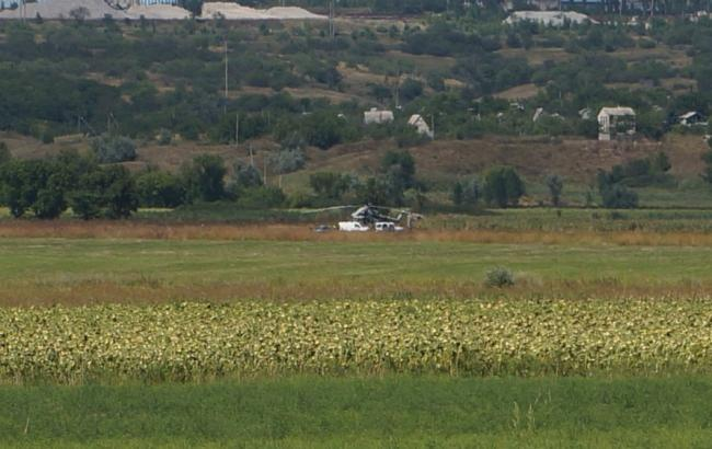 Фото: у Донецькій області аварійно сів військовий вертоліт