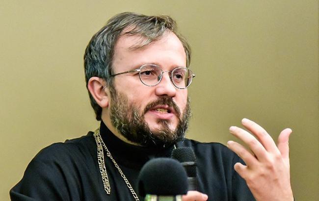 Томос об автокефалии Украинской церкви уже готов, - архимандрит Кирилл