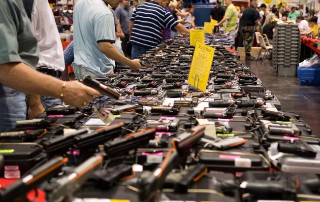 Фото: продажа оружия