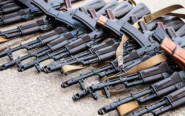 Фото: контрабанда оружием в зоне АТО